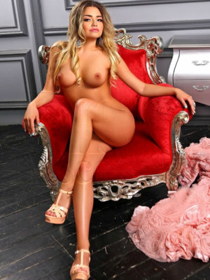 Girl Escort Lauritta & Call Girl in Sliema